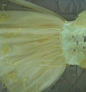 платье детское желтое