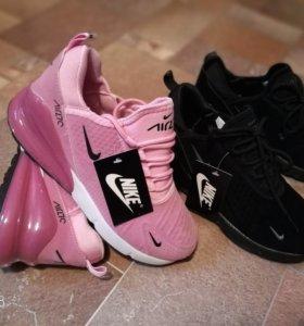 Новые кроссовки NIKE AIRMAX 270