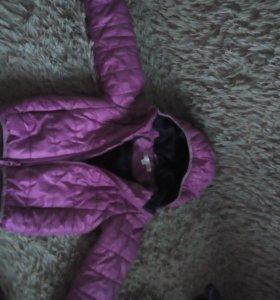 Детская демисезонная курточка в идеальном состояни