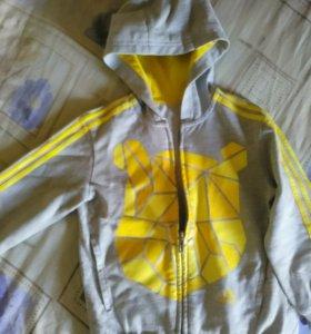 Спортивный костюм и кофта