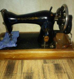 Швейная машинка. Торг!
