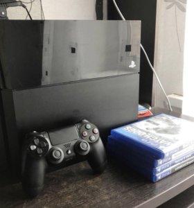 PlayStation4 +4 игры +аккаунт с играми+геймпад