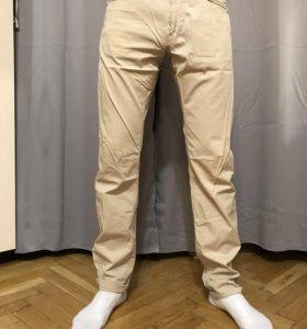 Бежевые брюки Massimo Dutti