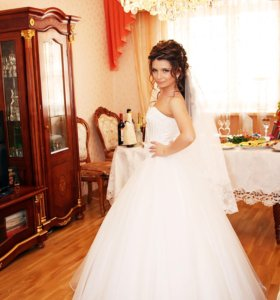 Свадебное платье от дизайнера IRINA LUX