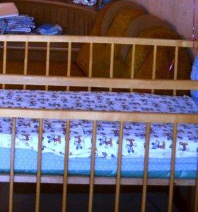 Детская кроватка + ортопедическим матрас