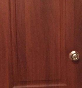 Двери межкомнатные б/у в хорошем состоянии