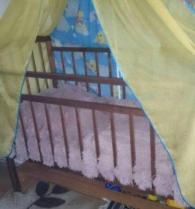 Кроватка детская,маятник.