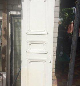 Дверь в хорошем состоянии.