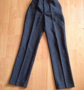 Школьные брюки р 140-146