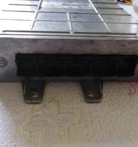 Блок управления двигателем (мозг) VAG Audi A4