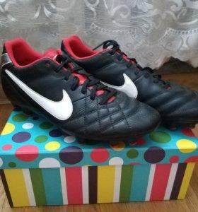 Бутсы Nike Tiempo 7,5 UK