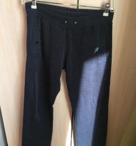 Спортивные штаны L