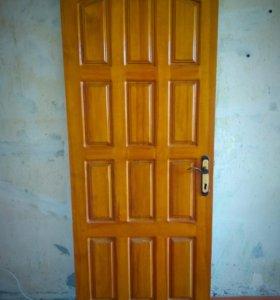 Дверь (можно как входную или межкомнатную)