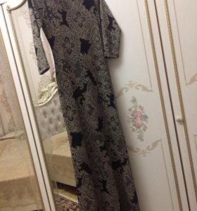 Платье с трапецией