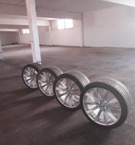 Диски с шинами в отличном состоянии