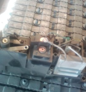TOYOTA PRIUS HV BATTERY Main RELAY MODULE AEV6910A