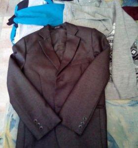 Одежда на мальчика 3-5 класс.