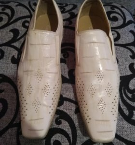 Продам туфли размер 39-40