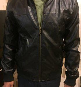 Кожаная куртка adidas