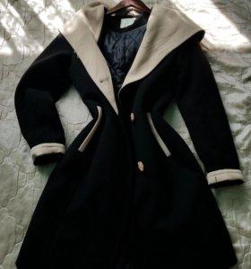 Осенне весеннее пальто для девушки