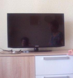 телевизор самсунг, диагональ 80 см