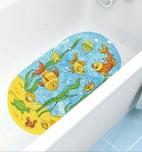 Противоскользящие коврики в ванну