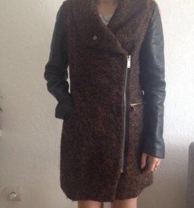 Пальто срочно ‼️‼️