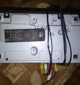 DVD плеер LG DV840