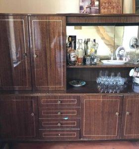 Шкаф старинный