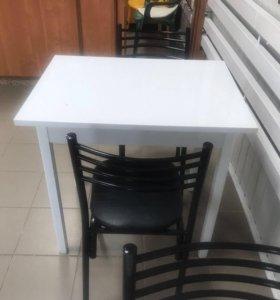 Стол белый глянец