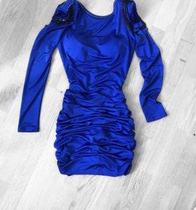 Платье со стразами Swarovski