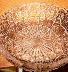 Круглая хрустальная ваза