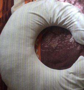 Подушка для беременных и для кормления. 2 в 1