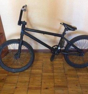 Срочно продам велосипед bmx,для не сложных трюков