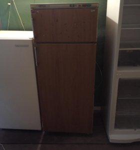 Продаю холодильник Минск ,доставка.
