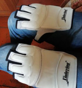 Перчатки ММА