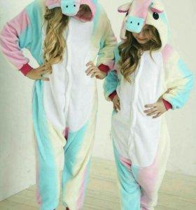Пижама кигуруми единорог карамельный