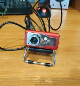 Вебкамера с микрофоном и подсветкой лица Defender
