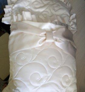Конверт на выписку, одеяло в нутри.