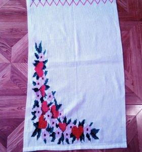 Полотенце с вышивкой.