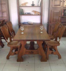 Журнальные и обеденные столы со стульями