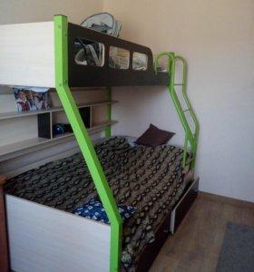 Кровать детская двухярусная.