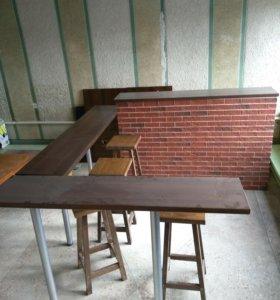 Барная стойка и столежка сбарными стульями