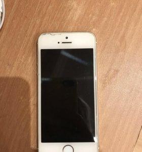 Айфон 5 s заблокированный