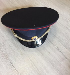 Форма полиции, фуражка