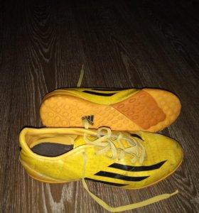 Шиповки Adidas Messi