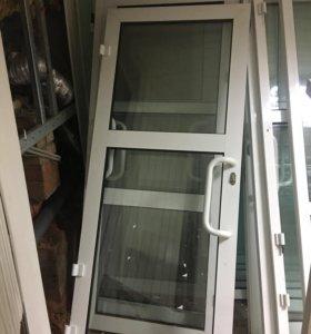 Пластиковая дверь, окно