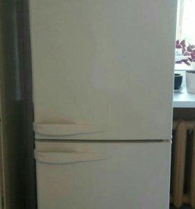 Холодильник Stinol RF 305