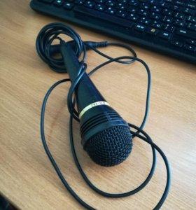 Продам микрофон + подарок переходник 3,5 мм