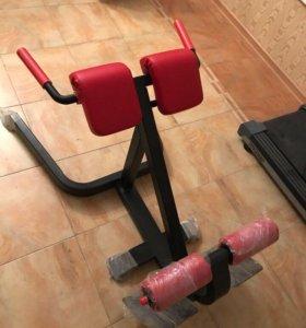 Тренажёр для спины(гиперэкстензия)